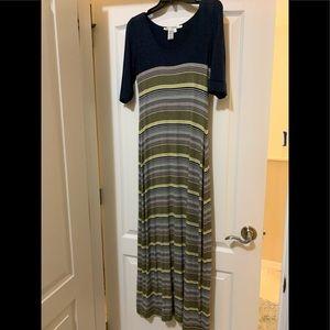 Max studio maxi t shirt dress size M